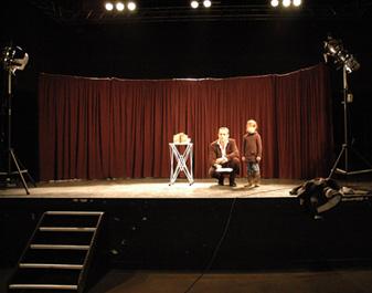 scene,magicien,saroyan,cabaret,spectacle enfants,magie,40,64,33